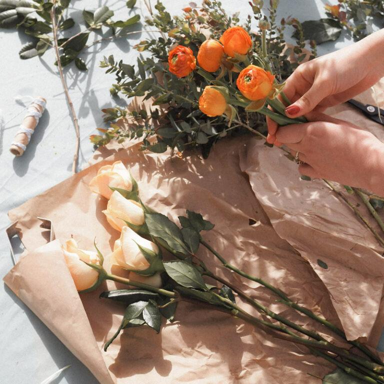 Demostración florar fores mano